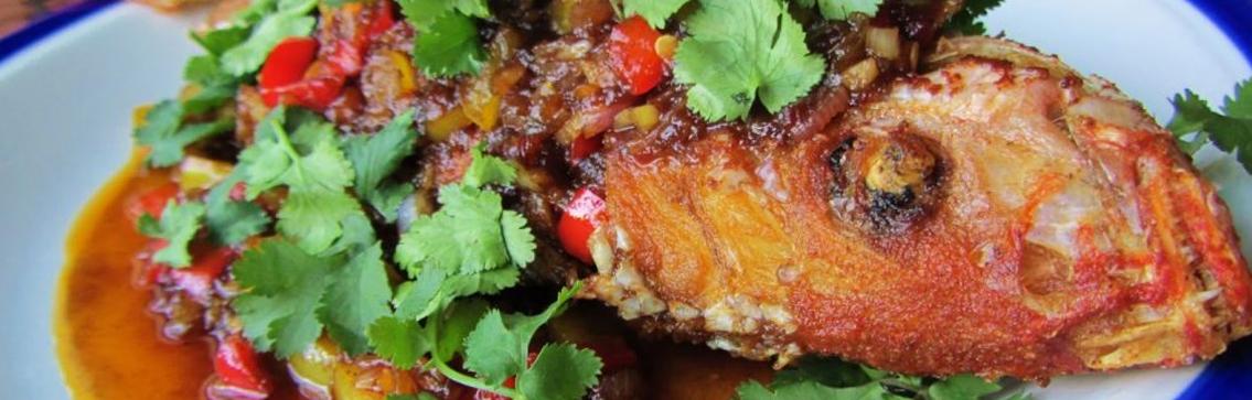 pla sam rod-fried fish