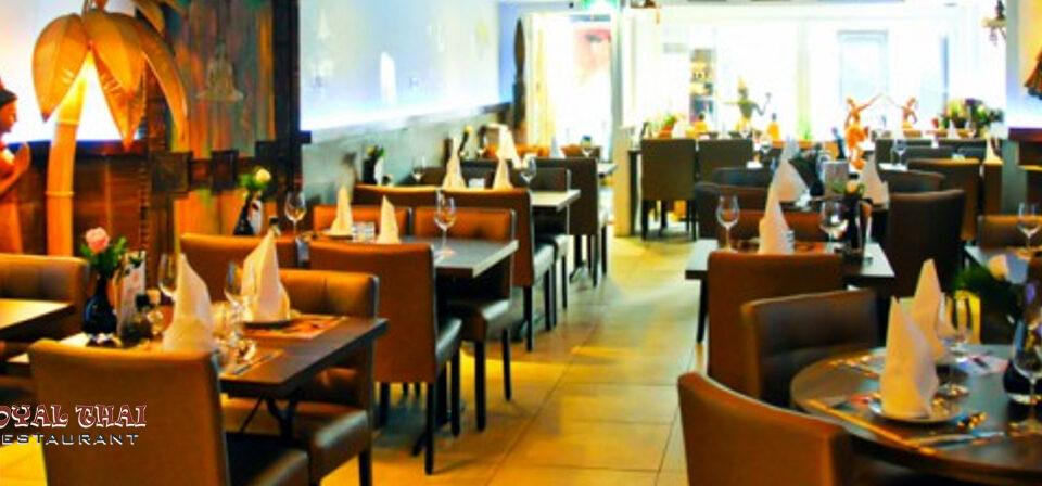 royal-thai-restaurant-interior